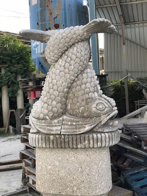 Escultura - Peixes entrelaçados