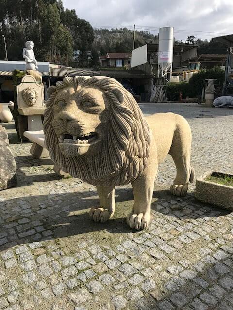 Escultura - Leão