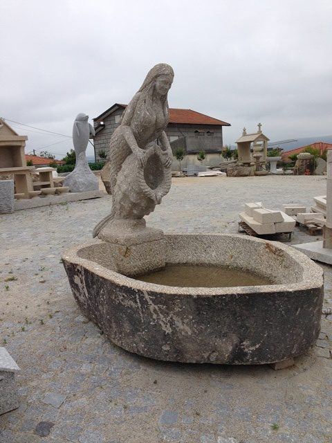 Fontanário em granito