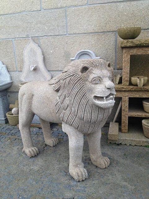 Escultura em granito - Leão